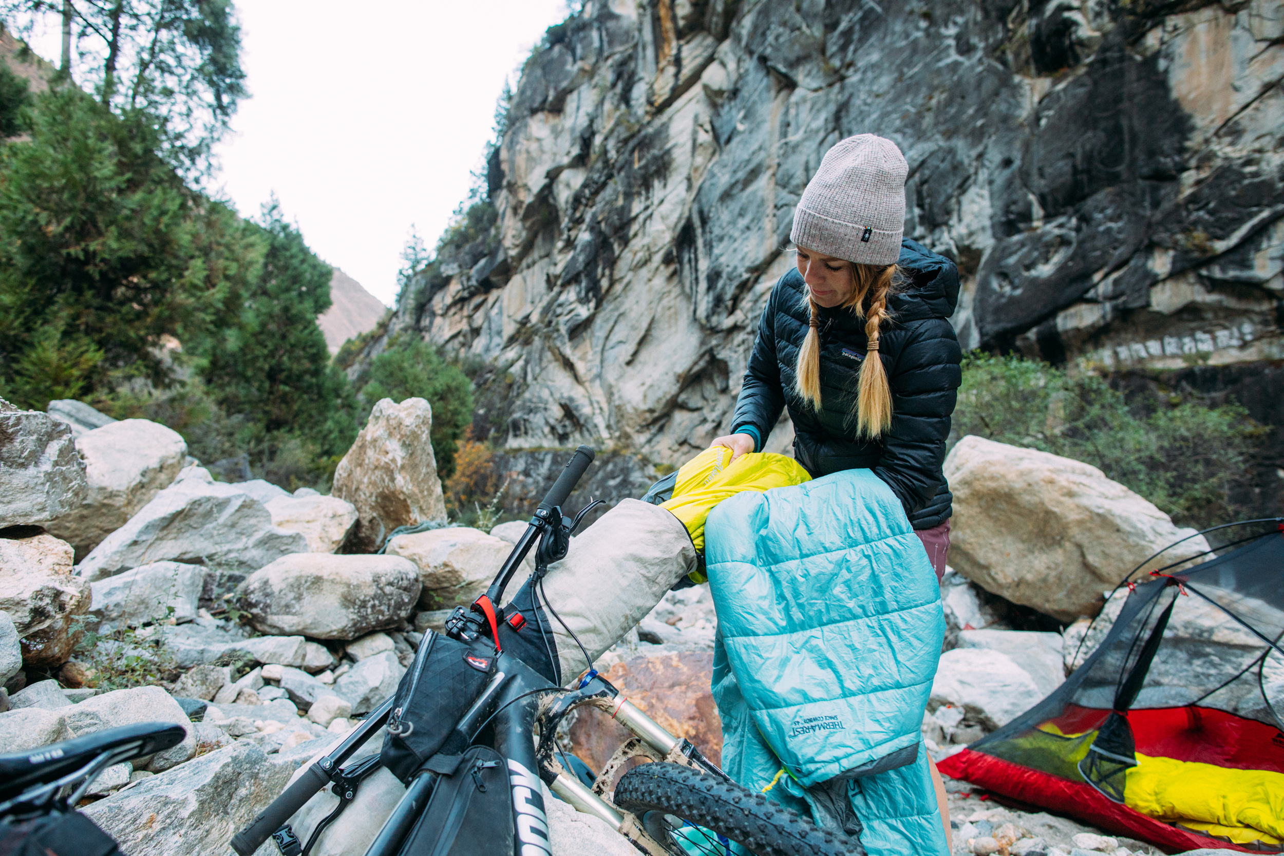 Bikepacking in China