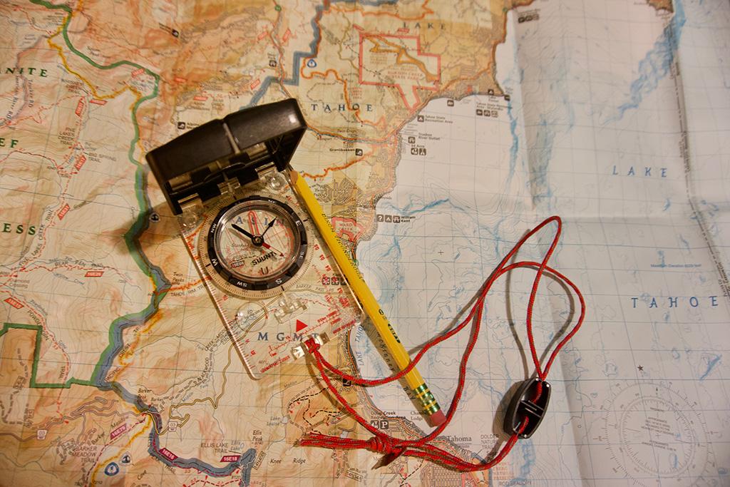 Compass-Navigation-Knowledge