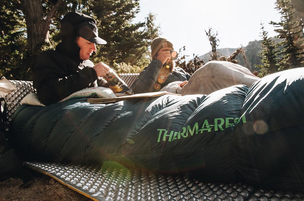 https://www.thermarest.com/blog/wp-content/uploads/2019/01/lance-camping-1.jpg