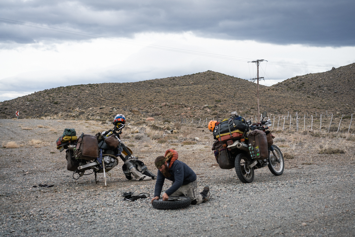 Fixing a flat tire on the Pan American Trail