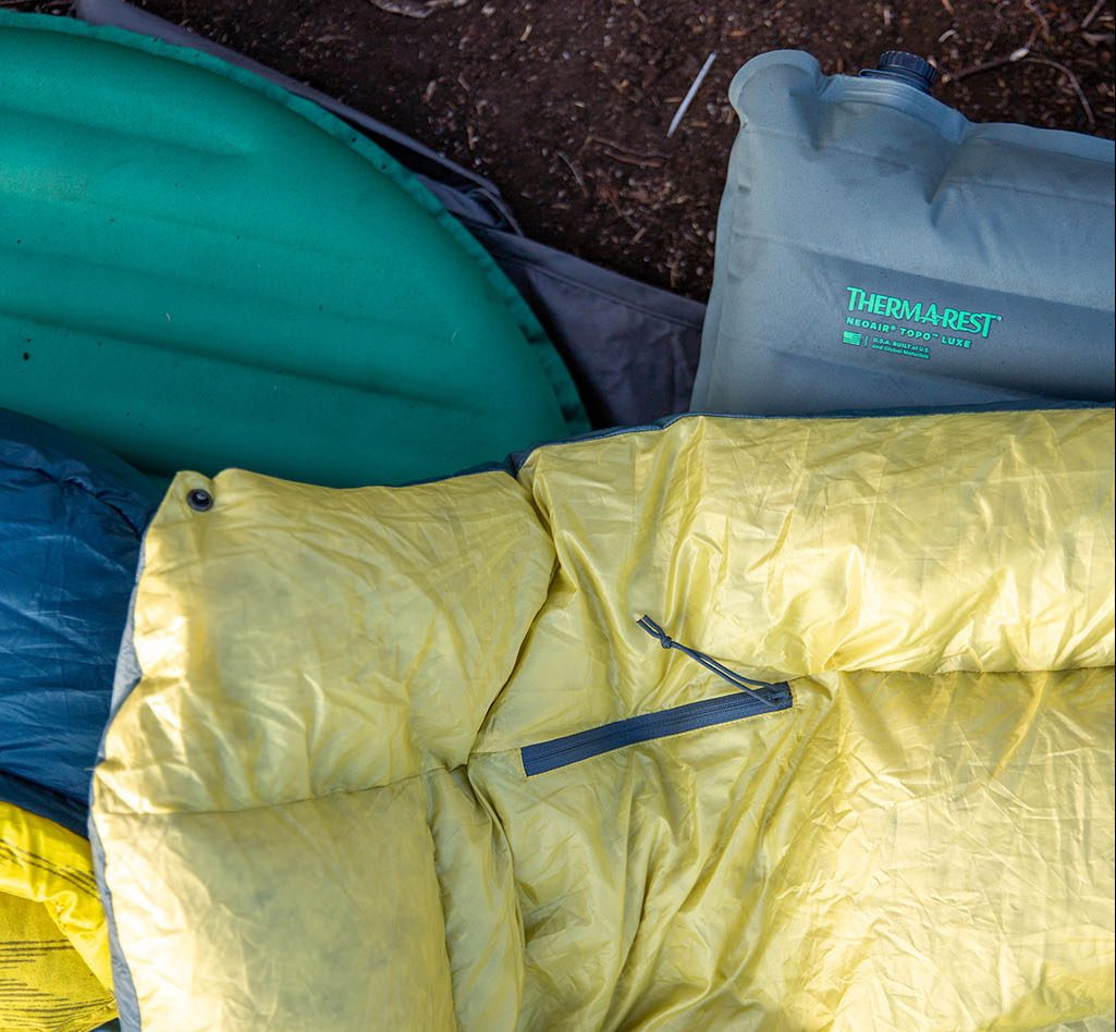 Thermarest camp quilt and sleeping bag and sleeping pads