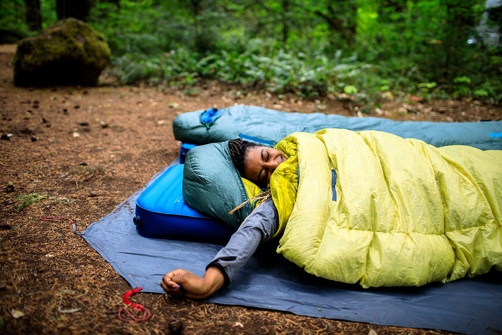 waking up with quilt and sleeping bag
