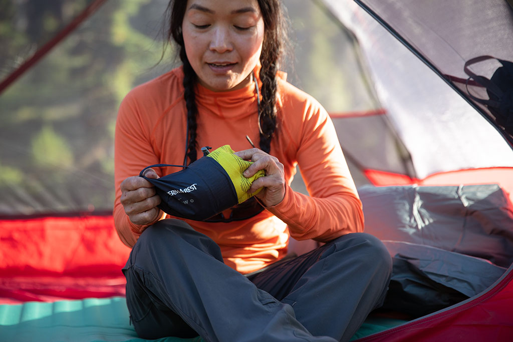 packing camping pillow