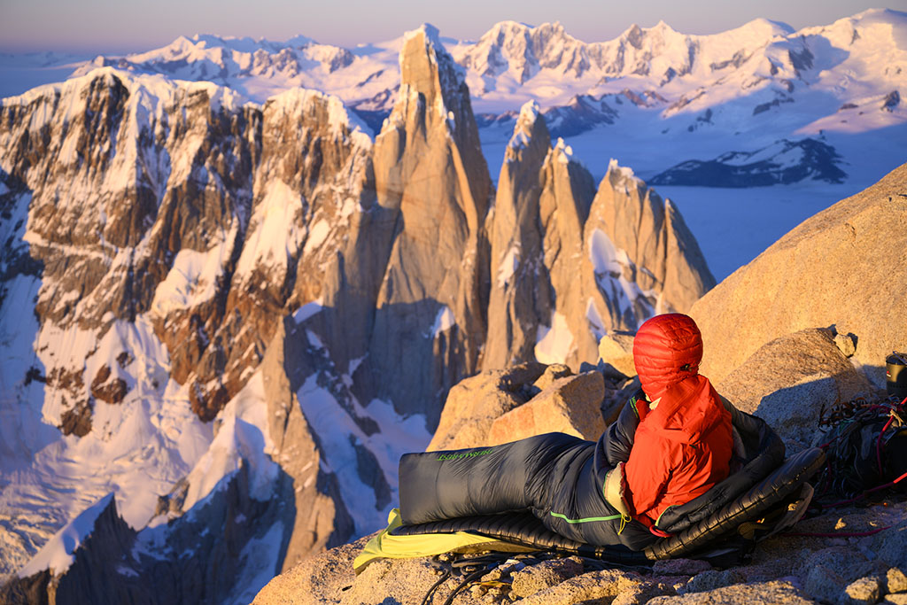mountaineering and sleeping on mountain in cot