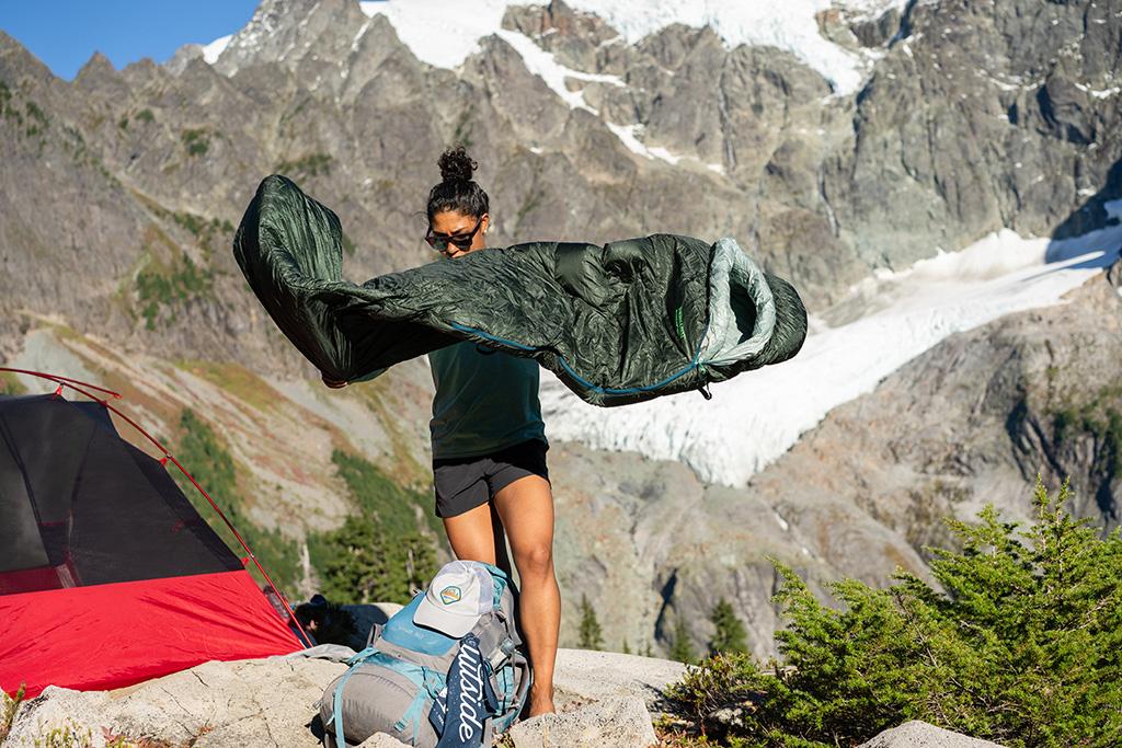 unpacking sleeping bag