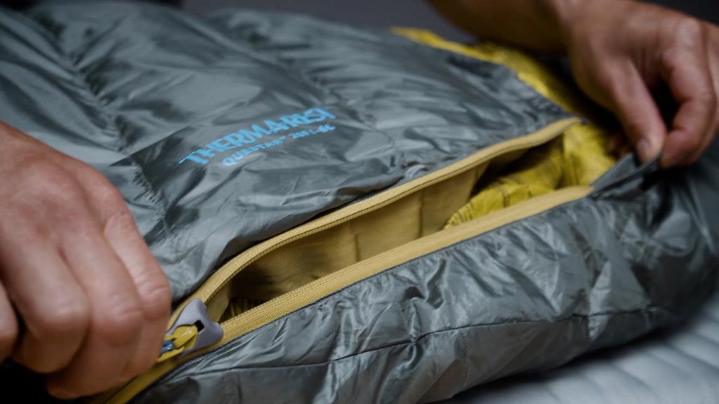 sleeping bag zipper care