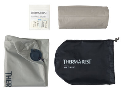 NeoAir® XTherm™ MAX Sleeping Pad Contents